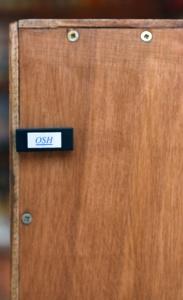 Les module OSH sur les enceintes, témoin d'une mise au point rigoureuse du système.